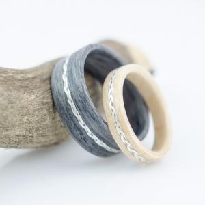 Dąb szary i brzoza fińska zdobione metalowym warkoczem