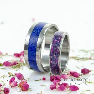 Męska - tytan i lapis lazuli, damska - tytan, lapis lazuli, Noc Kairu i różowy marmur